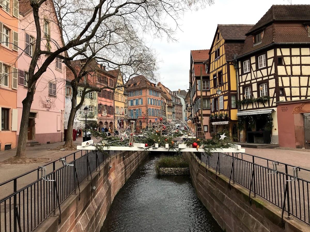 Rue De Tanners da Place de l'Ancienne Douane